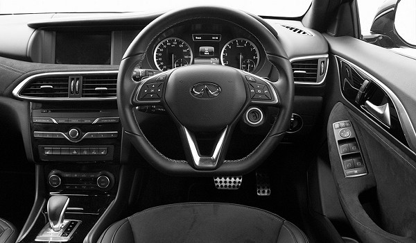 Infiniti Q30 Hatchback 2.2d Pure 5dr DCT