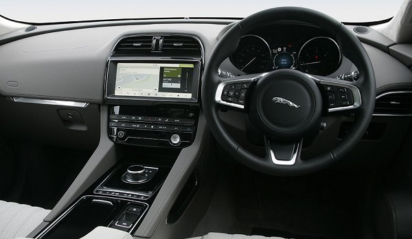 Jaguar F-Pace Estate 2.0d [163] Portfolio 5dr
