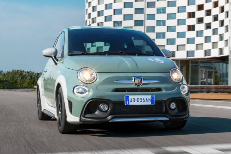 Abarth 695 Lease